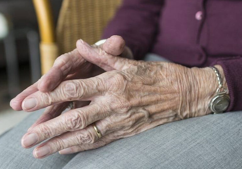 Zaniedbanie przemocą wobec osób starszych