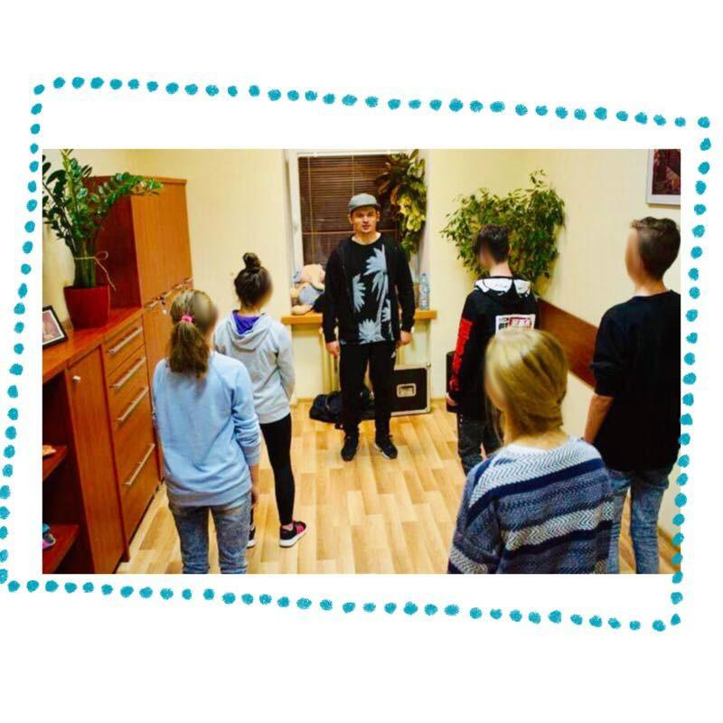 https://pcpr.powiat.rzeszowski.pl/aktualnosci/co-slychac-w-klubie-happy/attachment/45488597_505848563262804_1576950152428519424_n-jpg/