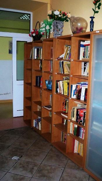 https://pcpr.powiat.rzeszowski.pl/sds-w-kakolowce/attachment/biblioteczka-sds-w-kakolowce/