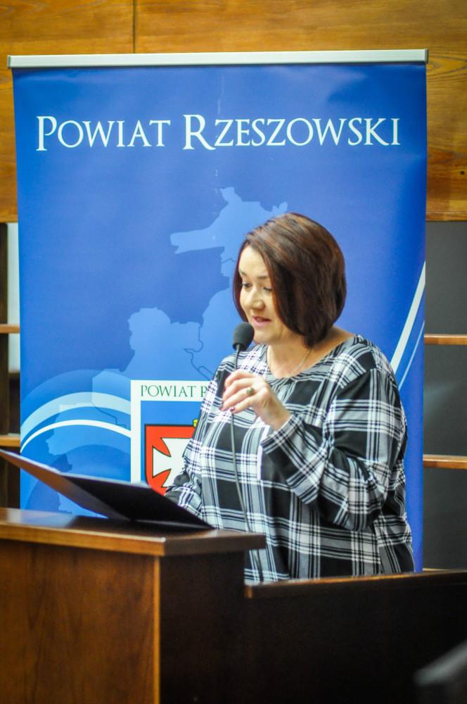 https://pcpr.powiat.rzeszowski.pl/aktualnosci/poznac-zrozumiec-wychowac-dziecko-w-pieczy-zastepczej/attachment/dsc-0006_11-jpg/